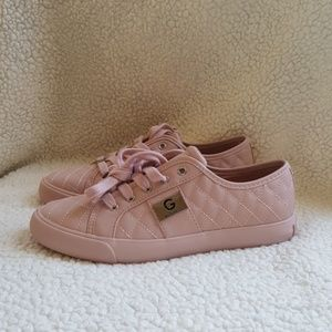 G by Guess Ggoadie2M pink quilted sneakers size 8